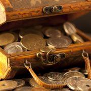 Как привлечь деньги в дом: заговор самый действующий способ
