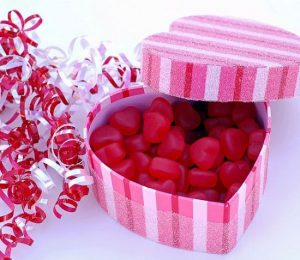 Подарки на 14 февраля девушке своими руками